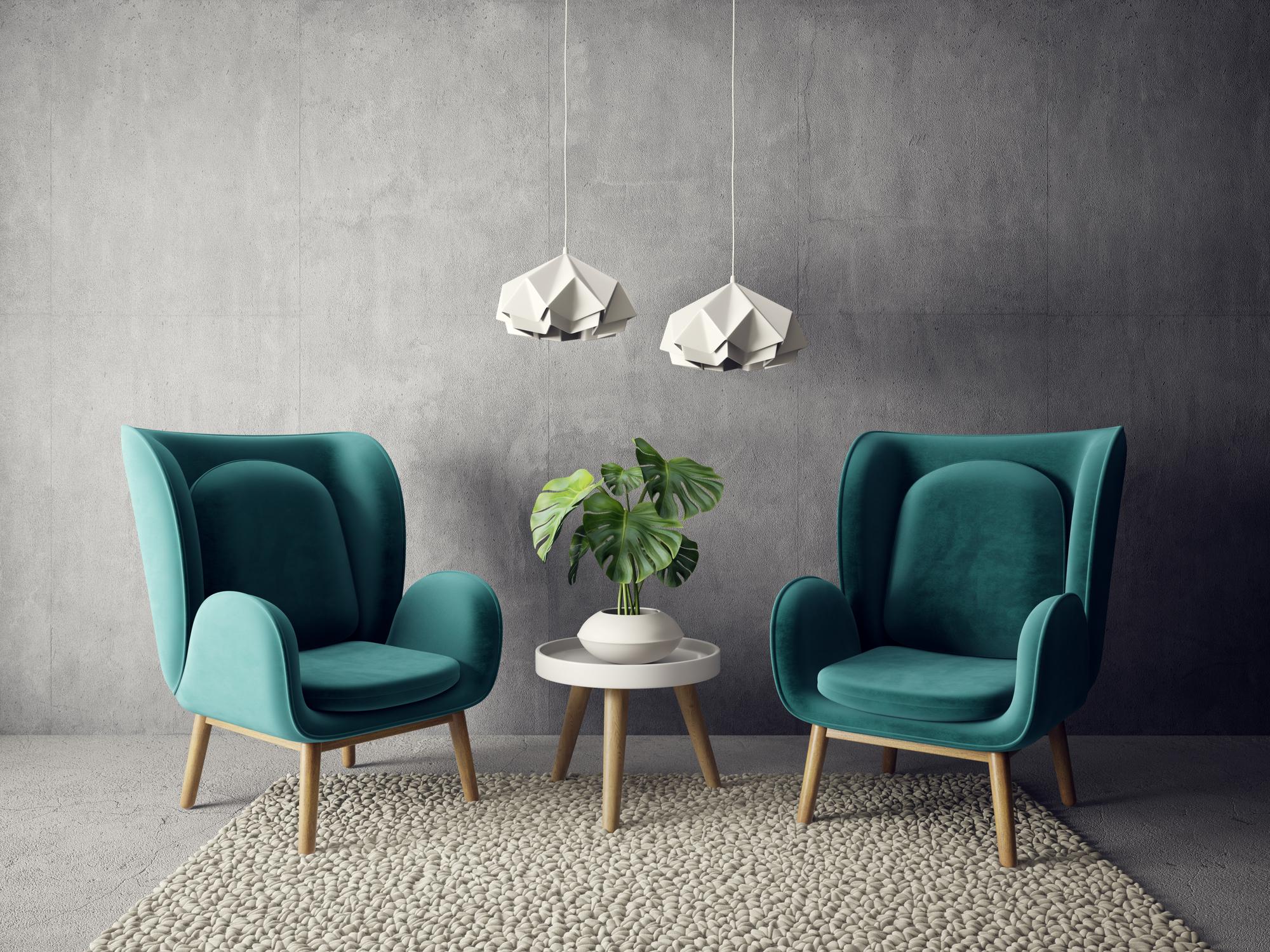 Alfombra con sillones en salón moderno