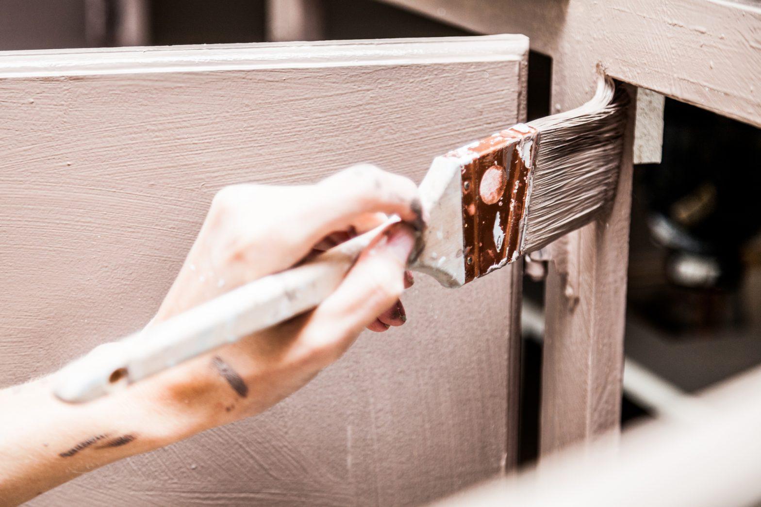 Cómo pintar los muebles de la cocina