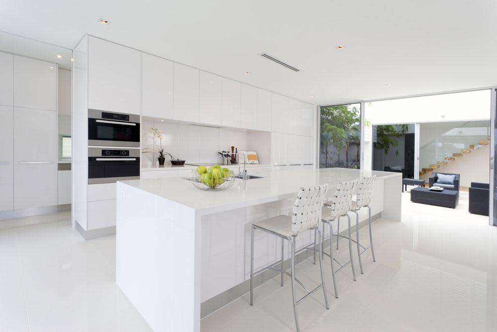 Diseño de cocinas modernas. Cocinas blancas y grises